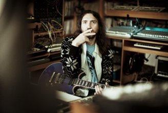 John Frusciante divulga faixas inéditas