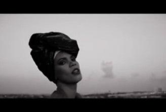 Arielly Oliveira – Uma reflexão e uma conversa sobre ELA (videoclipe)